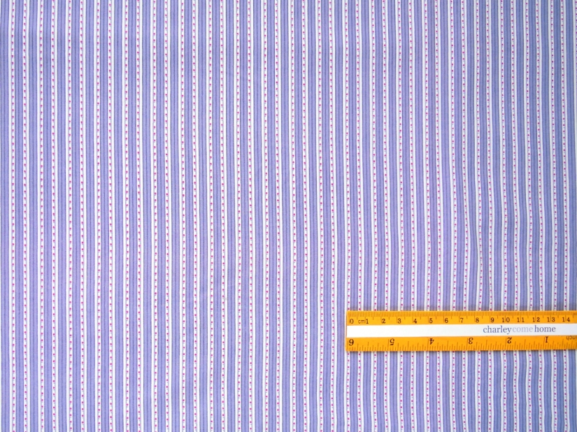 C8-020 | Grey and white stripes with small red dots.